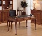 Klassische Holz-Schreibtisch